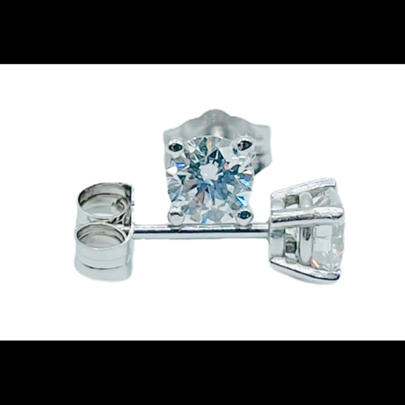 .50ct Diamond Stud Earrings 14k White Gold 4 prong